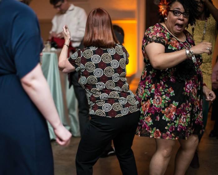 houston-heights-firehouse-dancers-houston-wedding-photographer-motherofgroom